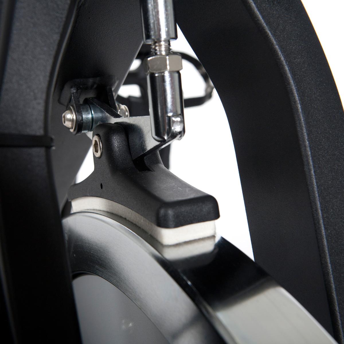 jak vybrat cyklotrenazer brzdný systém 1
