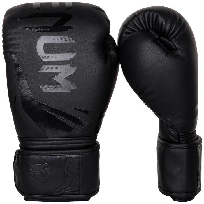 5cde719460630_boxerske.rukavice.challenger.3.0.venum.cerno.pohled