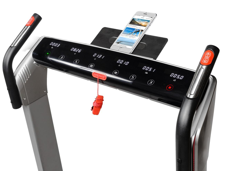 Flow Fitness DTM4000i držák na tablet