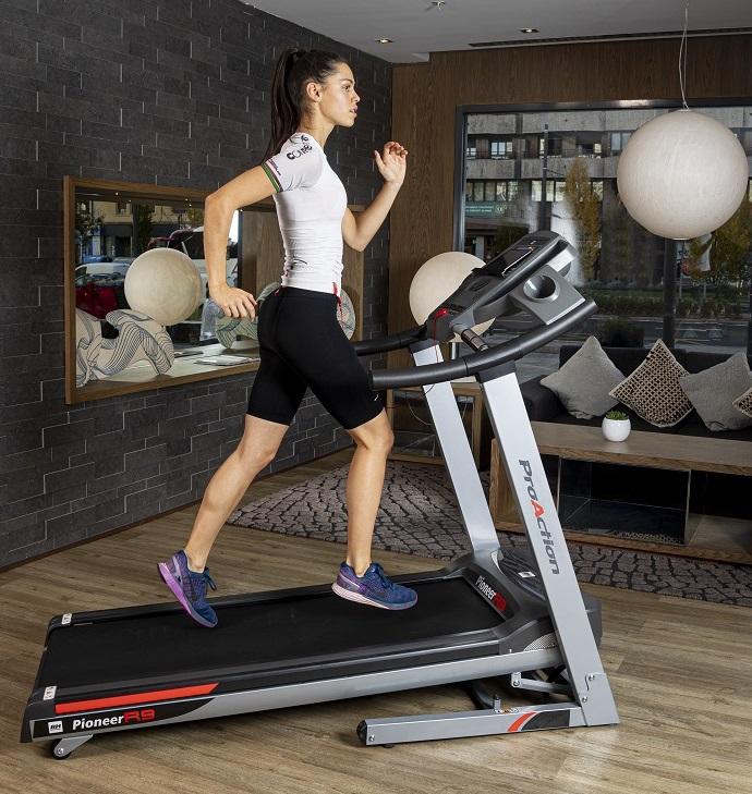 BH Fitness PIONEER R9