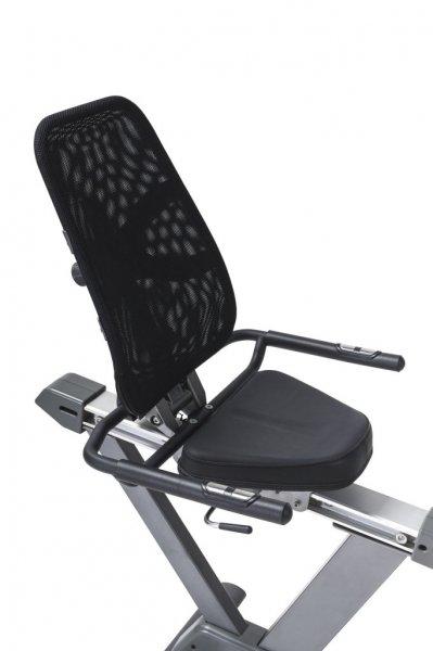 Černé sedadlo je pohodlné - Recumbent Tunturi Bike 50
