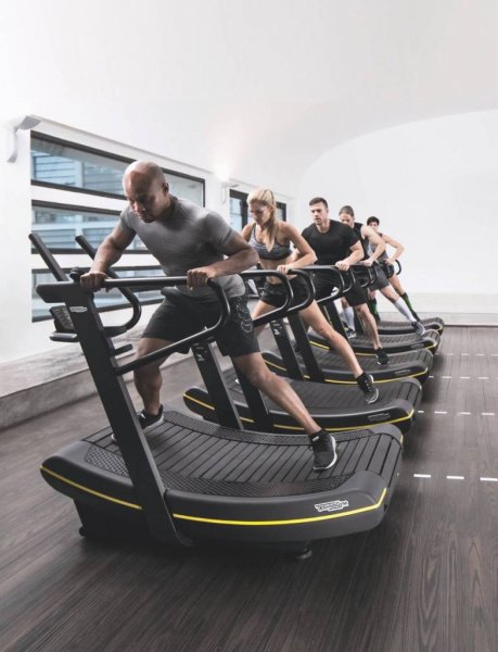 Technogym-Skillmill_group-2g
