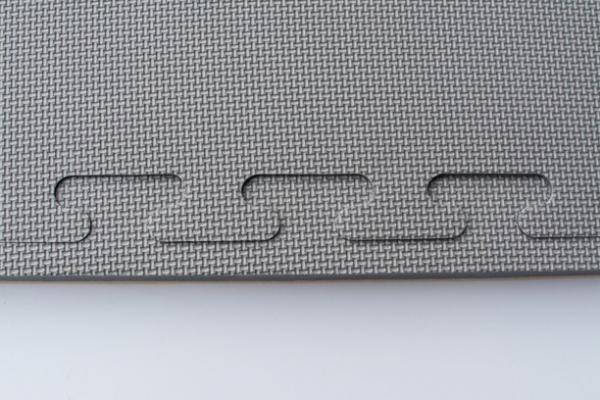 šedá-dřevo-3cm-5g