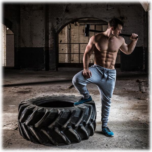 Posilovací kladivo TUNTURI workout 1