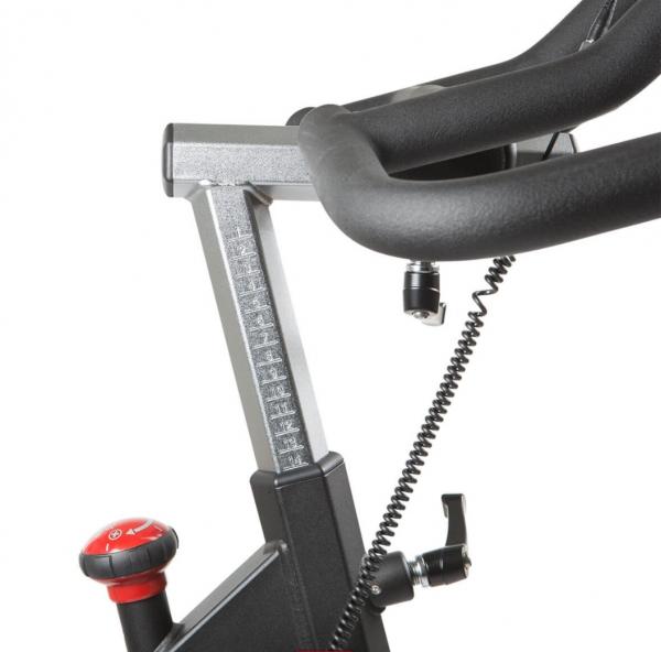 FINNLO Speedbike CRS 2 - nastavení řídítek