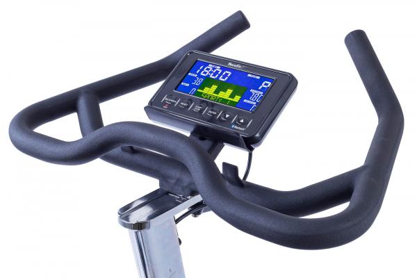 Cyklotrenažér HouseFit Racer 70 iTrain_kokpit boční