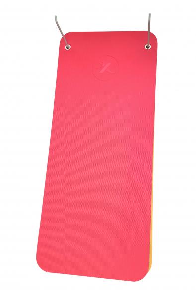 X-GYM držák na podložky 50 cm - pohled s podložkami 2