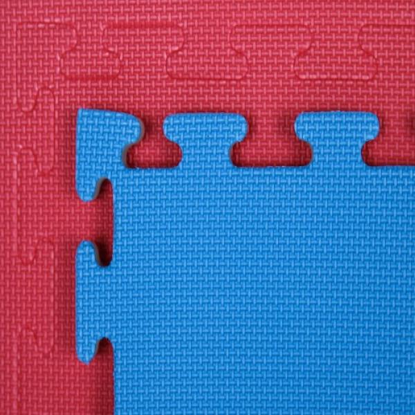 Tatami Economic 100 x 100 x 2 cm modré-červené detail