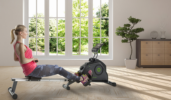 Veslovací trenažér TUNTURI Cardio Fit R30 Rower lifestyle