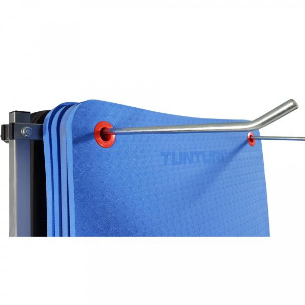 Stojan na podložky pojízdný TUNTURI Mat Transport Rack háčky s podložkami