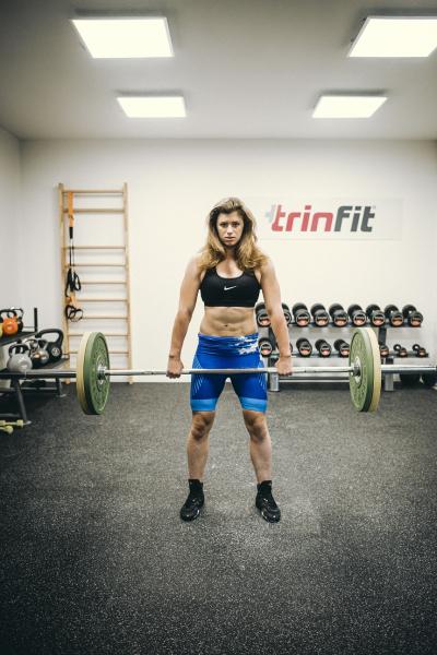 Olympijská činka TRINFIT 80 kg promo 9