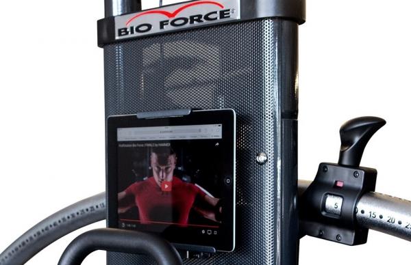 Posilovací věž  FINNLO Bio Force Pro 5000 držák na tablet 2