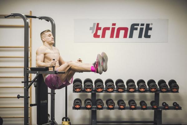 Posilovací lavice na břicho TRINFIT Multi Tower promo 2