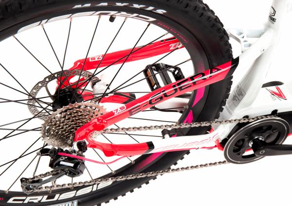 CRUSSIS e-Guera Detail zadní kolo