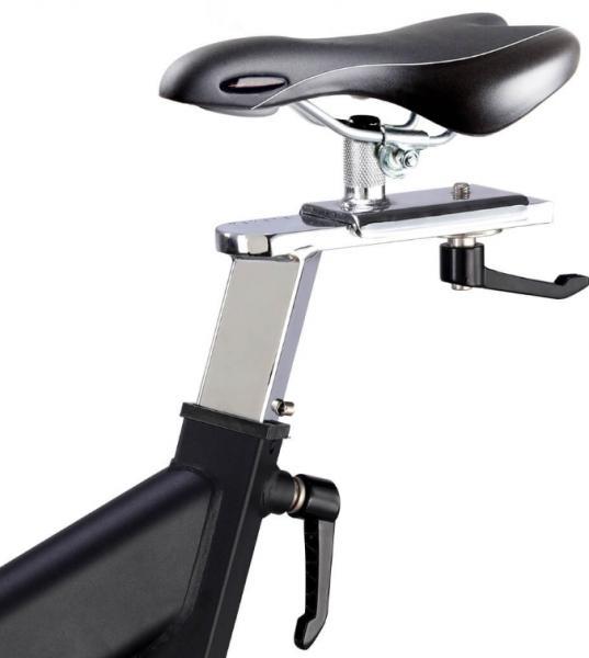 Cyklotrenažér FINNLO Speed Bike CRS III Detail sedlo