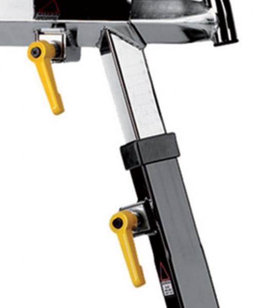 Cyklotrenažér BH FITNESS Duke Electronic nastavení sedla