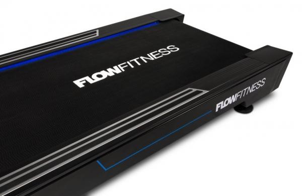 Běžecký pás FLOW Fitness Perform T3i běžecká plocha