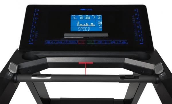 Běžecký pás FLOW Fitness Perform T3i počítač