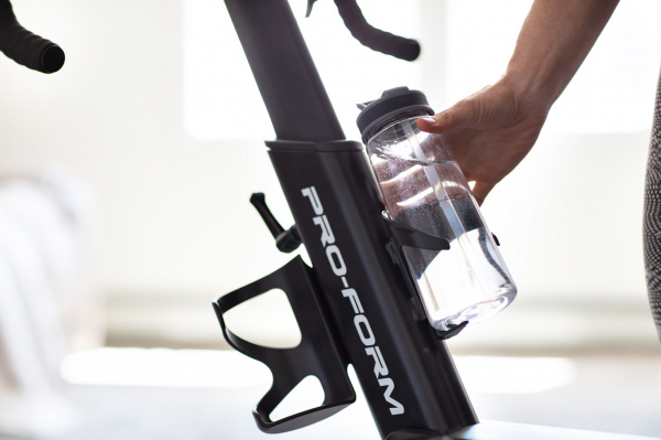 Cyklotrenažér PROFORM TDF 10.0 držák na lahev