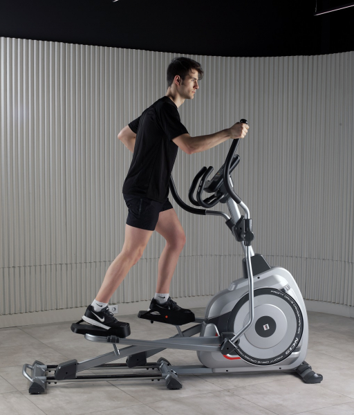 Eliptický trenažér BH Fitness NC19