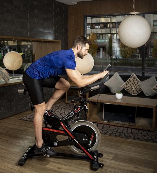 Cyklotrenažér BH Fitness SB2.6 promo fotka_1