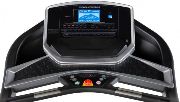 Běžecký pás ProForm Performance 375i počítač
