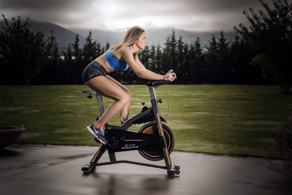 Cyklotrenažér BH FITNESS EVO S2000 promo