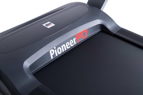 Běžecký pás HB Pioneer R7_pioneer