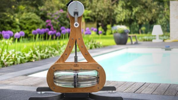 Rotoped NOHrD WATERGRINDER u bazénu