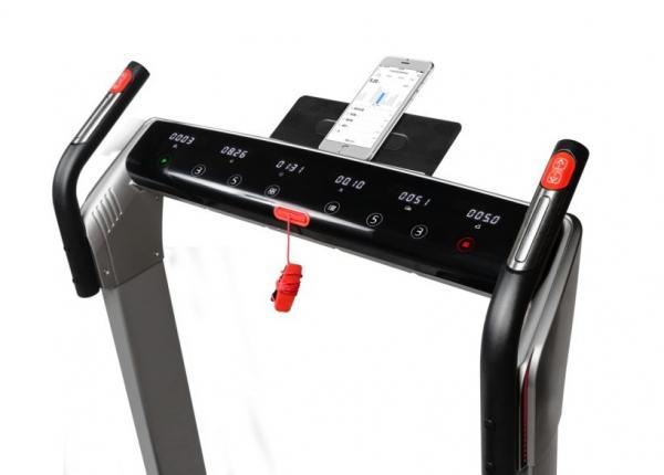 Běžecký pás FLOW Fitness DTM400i app 4