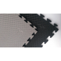Tatami Taekwondo WTF oboustranné 100 x 100 x 2,5 cm šedočerná detail