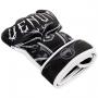 MMA rukavice Gladiator 3.0 černé bílé VENUM pohled